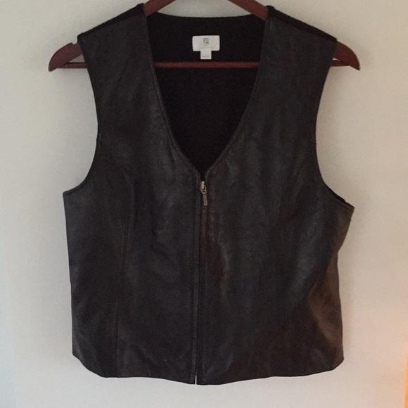 Apt. 9 Jackets & Blazers - Apt. 9 lambskin leather zipper front vest L black